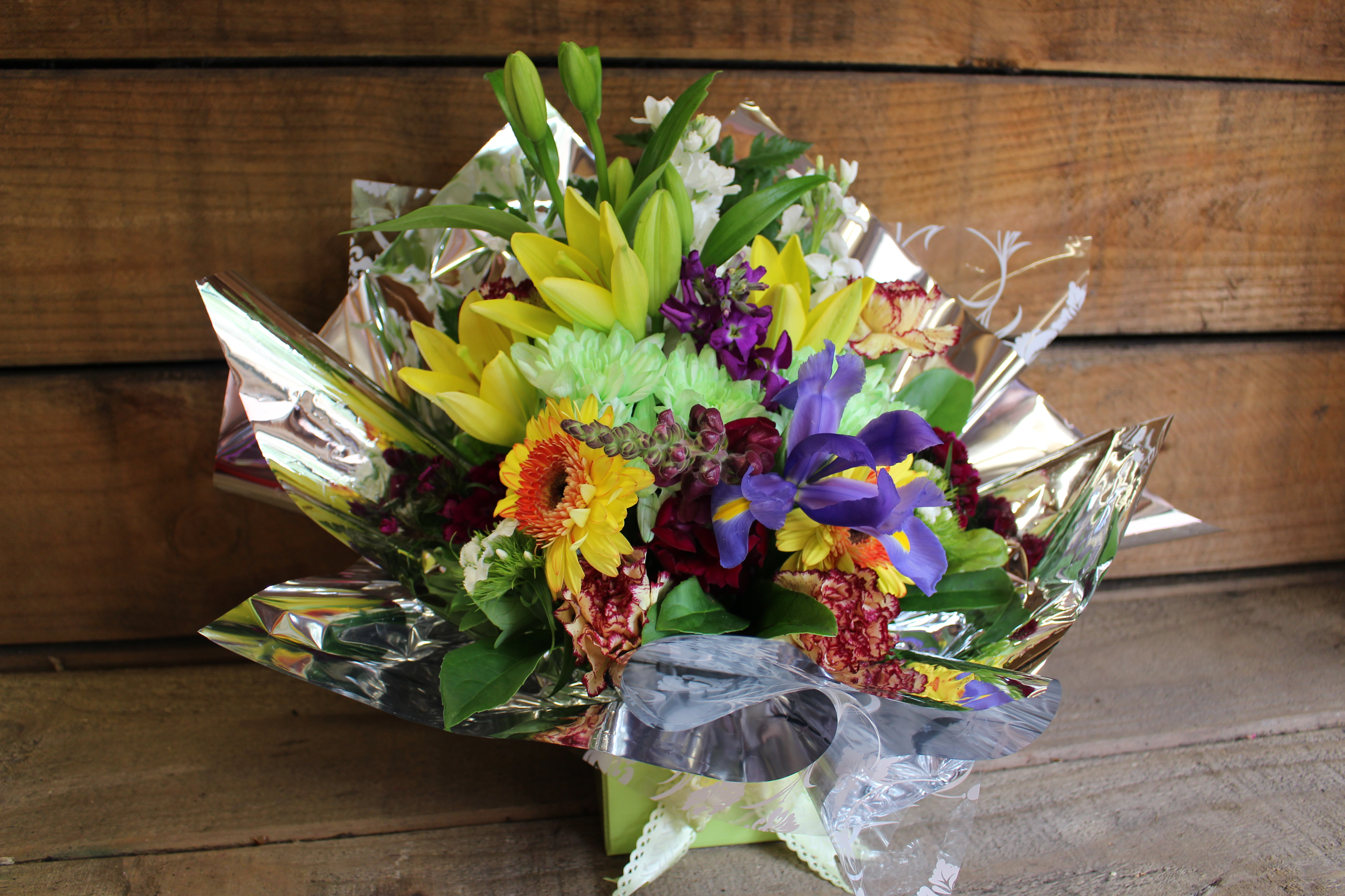 Box 7 c tiger lily mixed flower flowers of bethlehem box 7 c tiger lily mixed flower izmirmasajfo